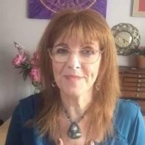 Julie-Ann-Video-Brande-Image
